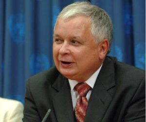 Lech Kaczyński - Foto: Archiwum Kancelarii Prezydenta RP [GFDL 1.2 (https://gnu.org/licenses/old-licenses/fdl-1.2.html) oder GFDL 1.2 (http://www.gnu.org/licenses/old-licenses/fdl-1.2.html)], via Wikimedia Commons